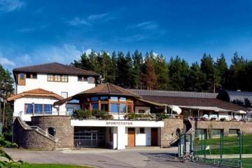 Strutture ricettive (hotel, villaggi) in Legno: Sportcenter Nova Ponente Sudtirolhaus