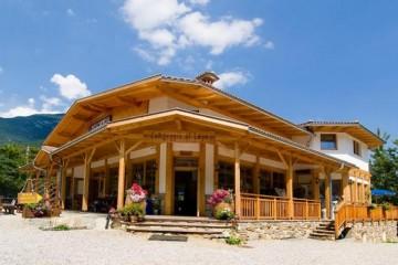 Strutture ricettive (hotel, villaggi) in Legno: Camping al Lago- Pieve di Ledro Sudtirolhaus