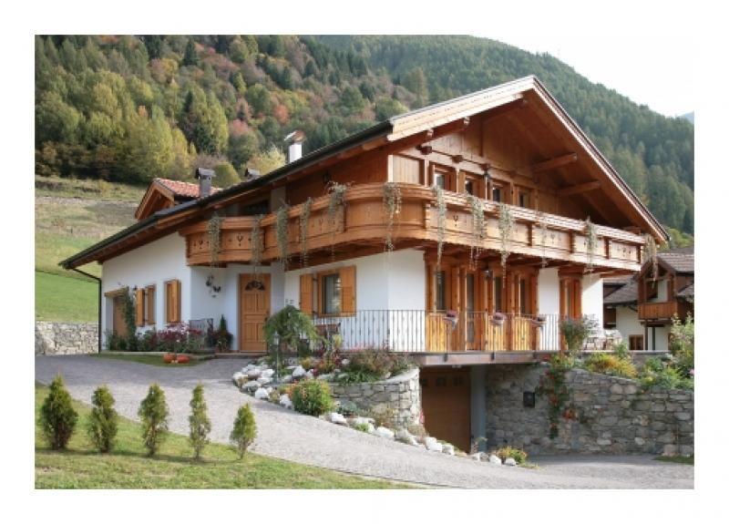 Casa in legno modello casa tirolese 2 di fanti legnami for Costruttore di case virtuali