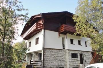 Sopraelevazioni in Legno:  Casa- Madonna di Campiglio STP