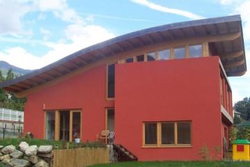 Realizzazione Casa in Legno Aosta di Raro Haus