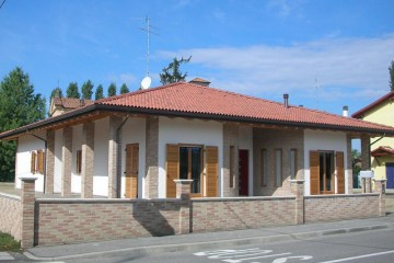 Realizzazione Casa in Legno Argenta di Raro Haus