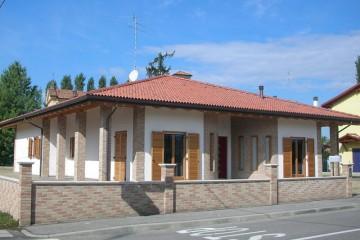 Case in Legno:  Argenta