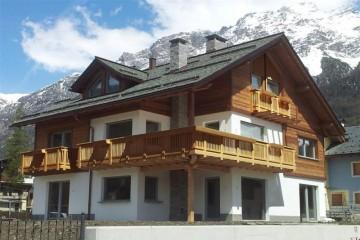 Realizzazione Casa in Legno Bormio di Raro Haus