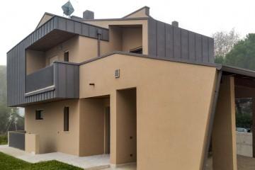 Realizzazione Casa in Legno Cesena 01 di Raro Haus