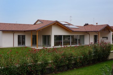 Modello Casa in Legno Parabiago / Milano di Raro Haus