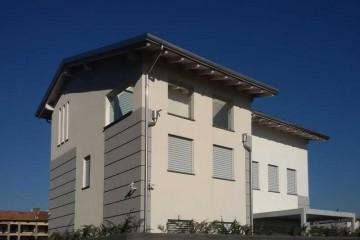 Case in Legno e Villette in Legno: Mezzago Marlegno
