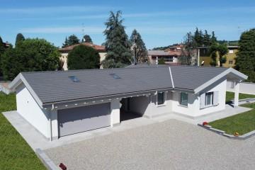 Realizzazione Casa in Legno Casa Roberta di Vibrobloc S.p.A.