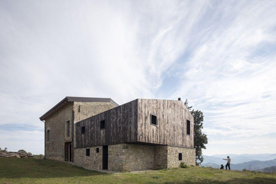 Casa in Legno in stile Moderno: Ca' Inua