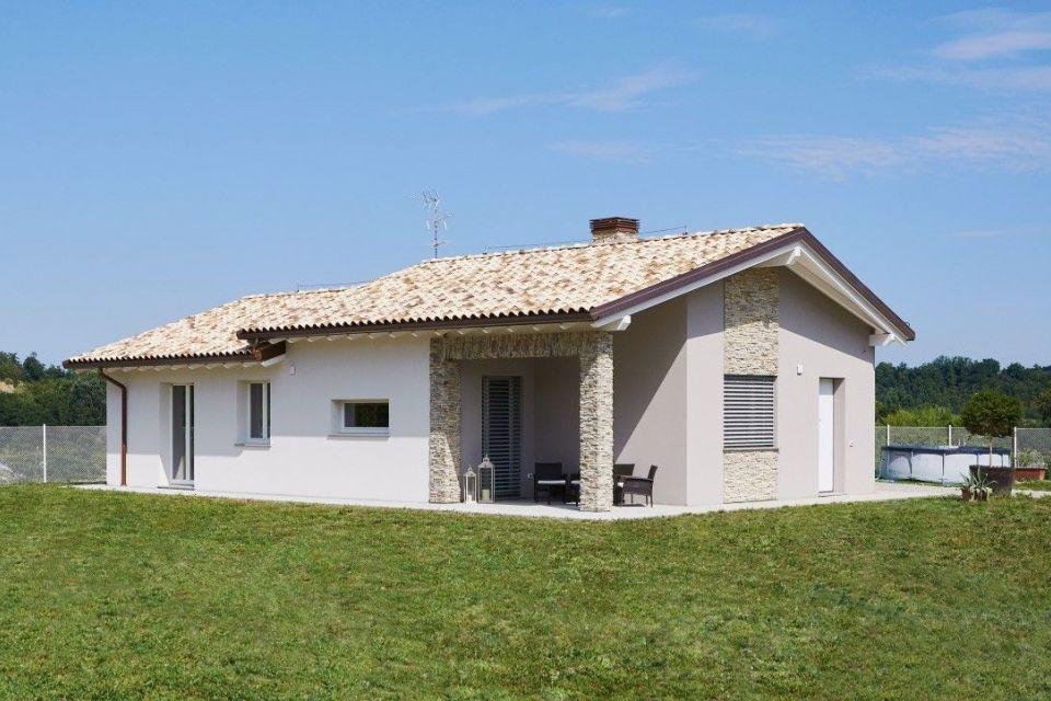 Casa in Legno in stile Classico: Casa Riccardo