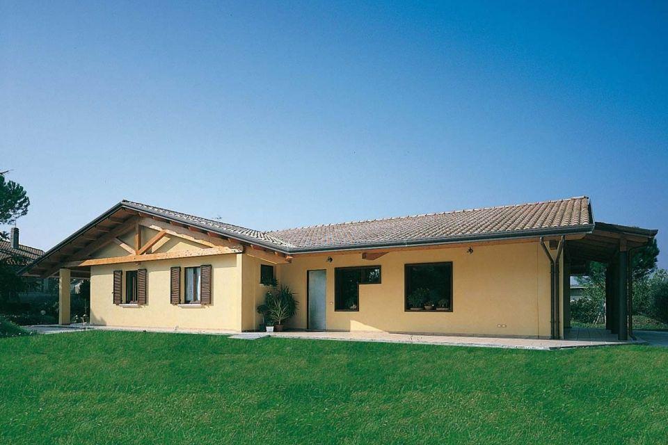 Casa in Legno in stile Classico: Casa ad un piano - Lazio