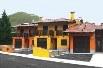 Realizzazione Casa in Legno Case a schiera di COSTANTINI LEGNO - L.A. COST