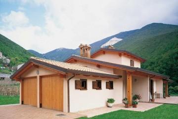 Realizzazione Casa in Legno Umbria 2 di COSTANTINI LEGNO - L.A. COST