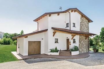 Realizzazione Casa in Legno Siena di COSTANTINI LEGNO - L.A. COST