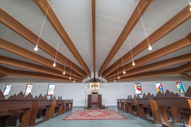 Edifici Pubblici (scuole, chiese) in legno COSTANTINI LEGNO - L.A. COST Chiesa di San Pio