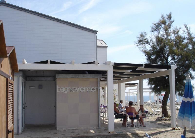 Strutture ricettive (hotel, villaggi) in legno COSTANTINI LEGNO - L.A. COST Stabilimento Balneare Toscana