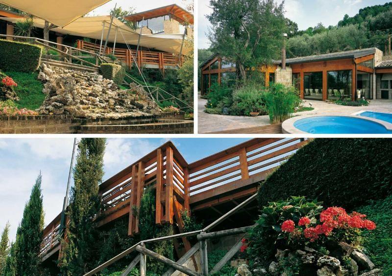 Strutture ricettive (hotel, villaggi) in legno COSTANTINI LEGNO - L.A. COST Ristorante - Ascoli