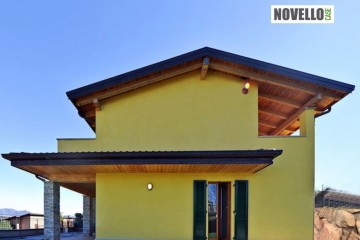 Casa in Legno Case in legno vista lago a Varese