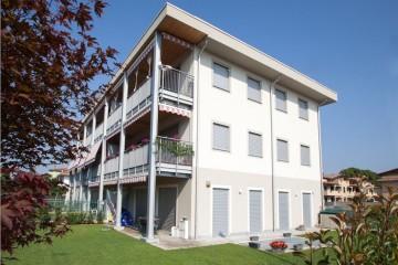 Realizzazione Casa in Legno Appartamenti Classe Casa Clima A+ Gold di Novellocase Srl