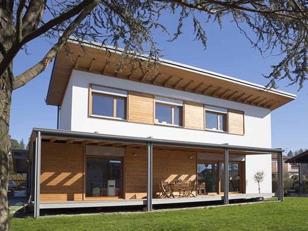 Casa in legno modello casa in legno a varese di for Casa di costruzione personalizzata