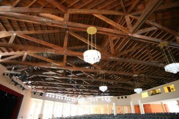 Tetti in Legno in Legno: Tetto Teatro Hotel Riu  Varadero