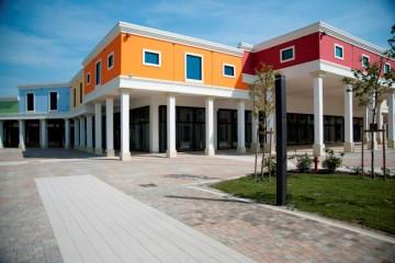 Strutture ricettive (hotel, villaggi) in Legno: Outlet-legno-ecostenibile-bioedilizia Sistem Costruzioni