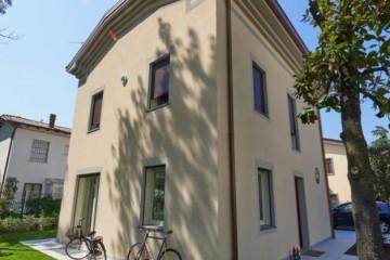 Case in Legno e Villette in Legno: Villa Monica Sistem Costruzioni