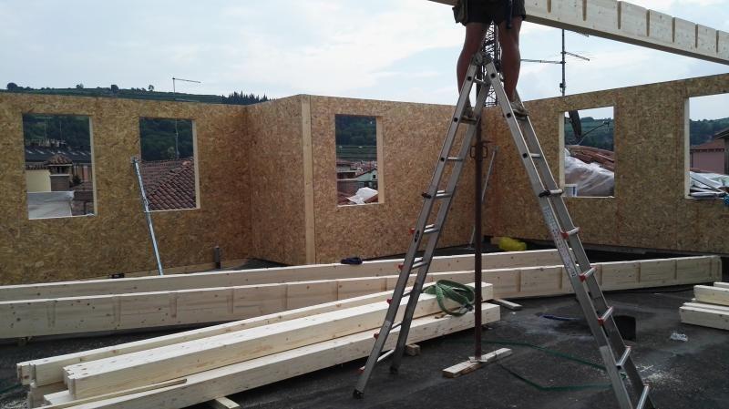 Sopraelevazione in legno modello sopraelevazione in corso for Sopraelevazione in legno