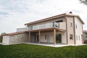 Realizzazione Casa in Legno Dalmine (Bergamo) di Building Evolution