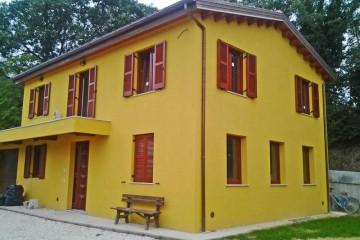 Strutture ricettive (hotel, villaggi) in Legno: Agriturismo le Fiabe di Gigli