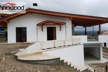 Realizzazione Casa in Legno Villa unifamiliare a Spigno Saturnia di Technowood