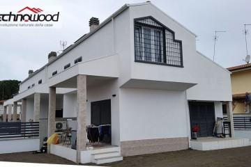 Realizzazione Casa in Legno Quadrifamiliare a Roma località Infernetto di Technowood