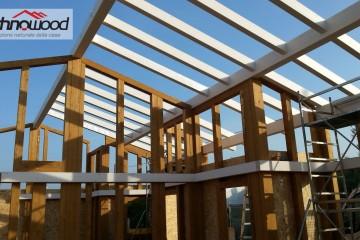 Realizzazione Casa in Legno Casa in riva al mare - Fiumicino (RM) di Technowood