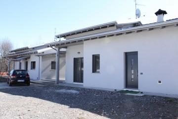 Modello Casa in Legno BIFAMILIARE A COMO di CasaAttiva