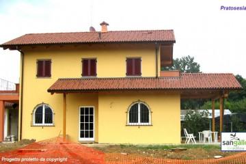 Modello Casa in Legno Casa in bioedilizia costruita su progetto /Pratosesia di sangallo srl