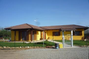Casa in Legno Su progetto da noi proposto  modificabile   RE 140