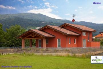 Realizzazione Casa in Legno Casa in bioedilizia costruita su progetto /Busca (CN) di Sangallo S.r.l.