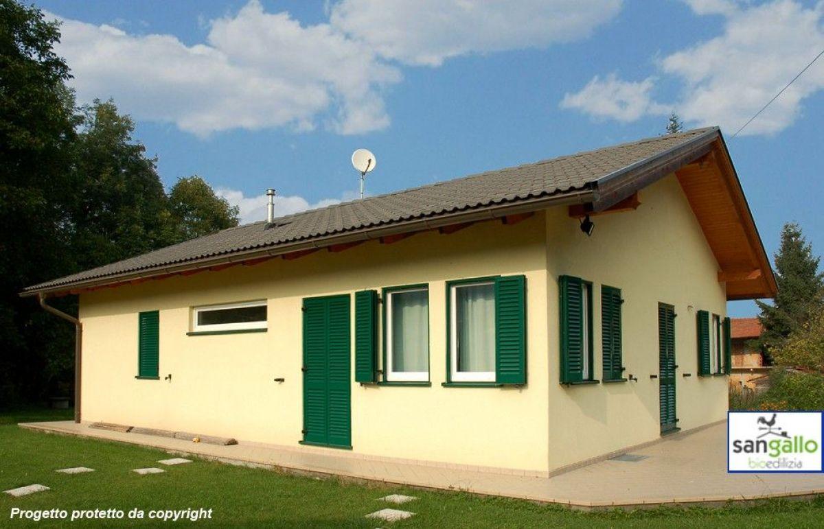 Casa in legno modello casa in bioedilizia costruita su for Casa bioedilizia o tradizionale