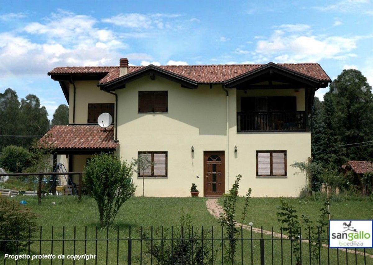 Casa in legno modello casa in bioedilizia costruita su progetto biella bi di sangallo srl - Progetto casa biella ...