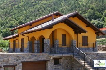 Modello Casa in Legno Casa in bioedilizia costruita su progetto /Pontey (AO) di sangallo srl