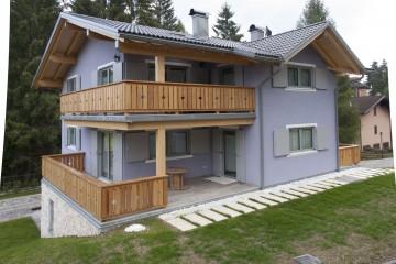 Modello Case in Legno Casa bifamiliare su due livelli - Lavarone (TN) di Biohabitat