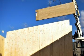 Realizzazione Casa in Legno Casa in Xlam di WOOD HOUSE