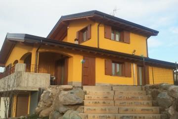 Realizzazione Casa in Legno Abitazione a due piani di FBE Woodliving