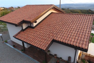 Modello Casa in Legno VILLA IN X-LAM Comune di Tiriolo (CZ) di Angoli Legno &dilizia