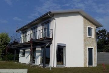 Realizzazione Casa in Legno Villa a Lonato (BS) di Villebio di Paganini Danilo
