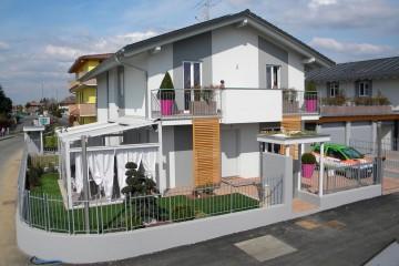 Realizzazione Casa in Legno Linea Architettonica Lanos di KAMPA ITA