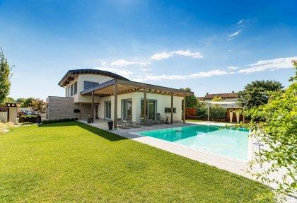 Casa In Legno Modello Mazzini Di Rubner Haus