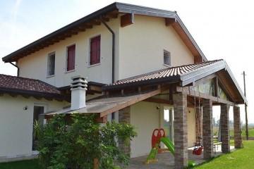 Realizzazione Casa in Legno Abitazione Marostica di HEMMA CASA