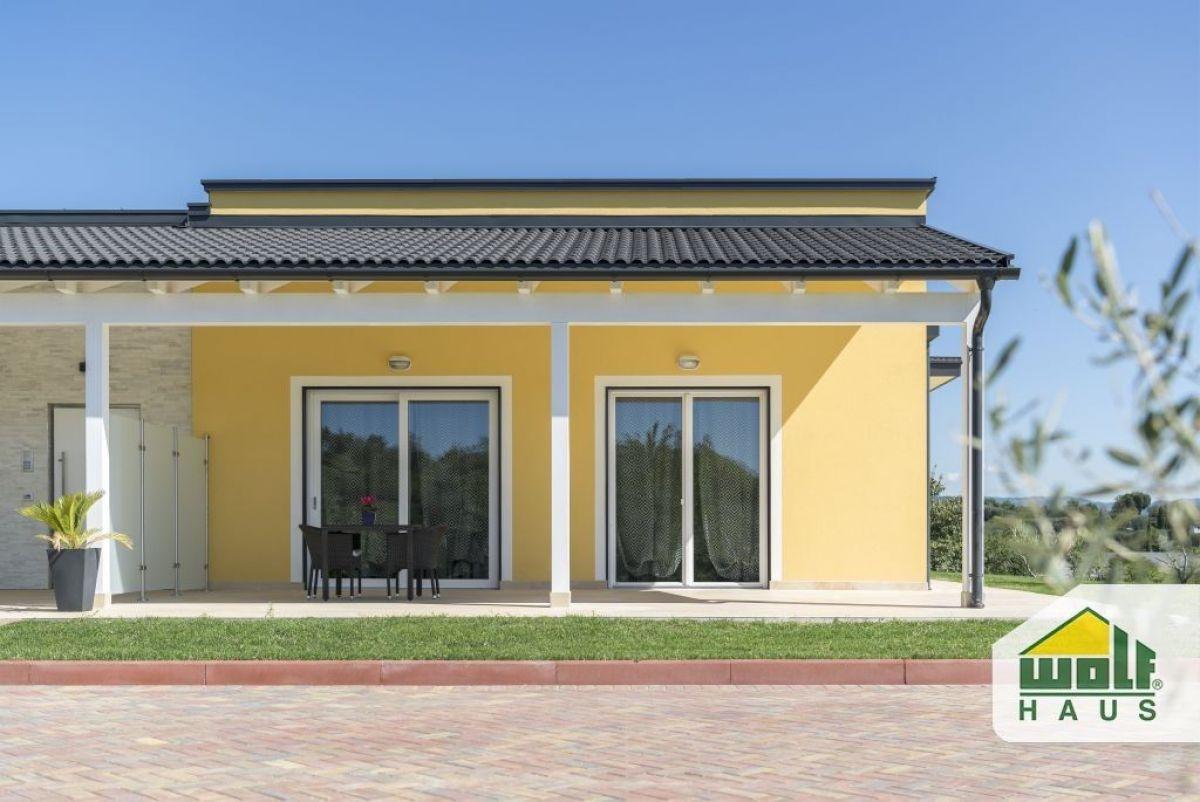 Casa in legno modello casa monte oliveto di wolf haus for Costruttore di case virtuali