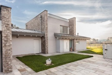 Realizzazione Casa in Legno Bergamo di Design Haus Italia
